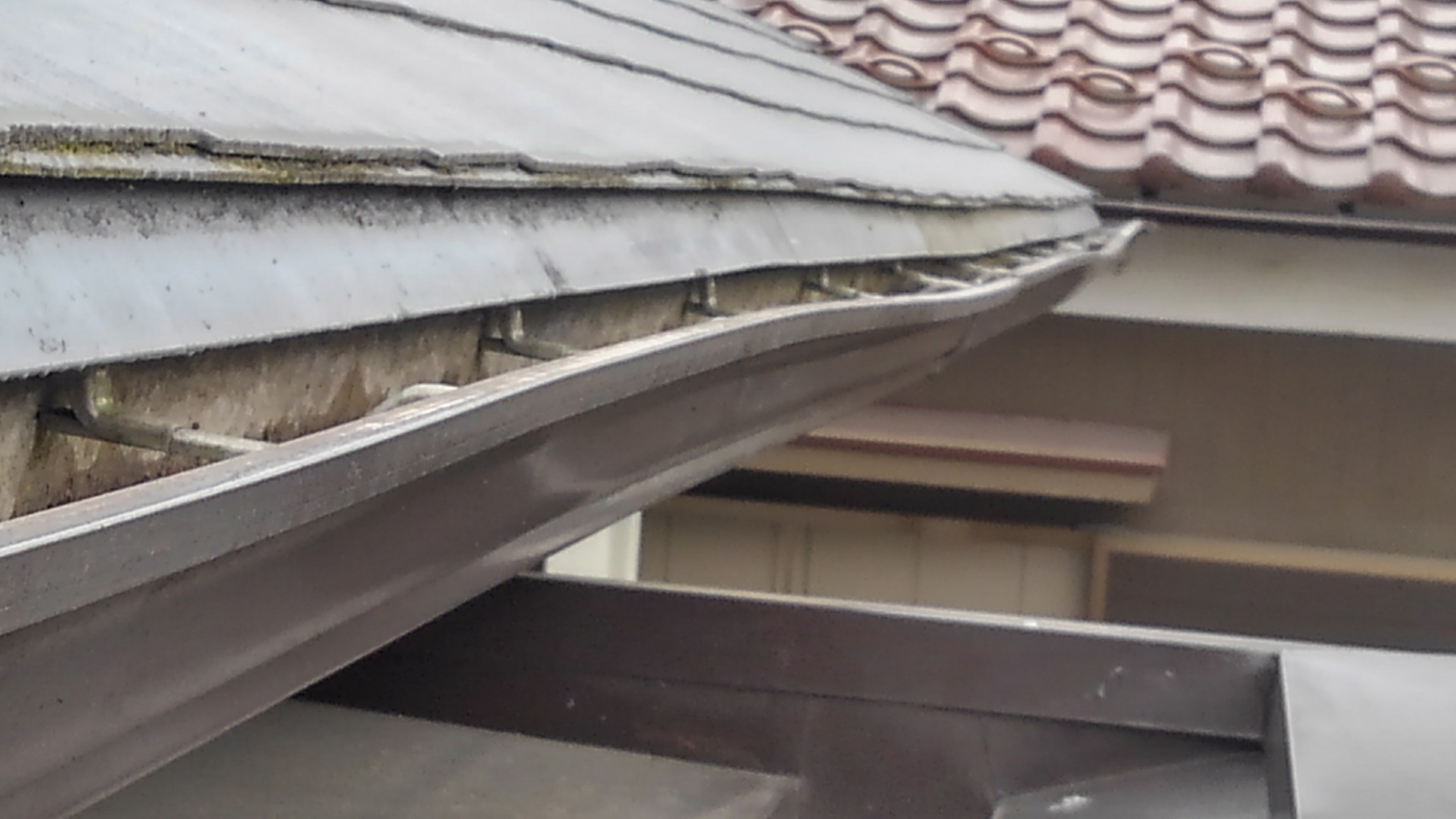 群馬県で雨どい屋根修理工事なら住まいのメンテ